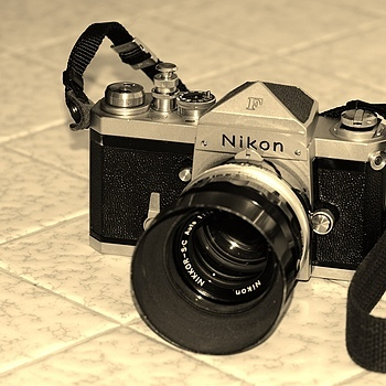 Nikon F | NIKON 85MM F/1.4D AF <br> Click image for more details, Click <b>X</b> on top right of image to close