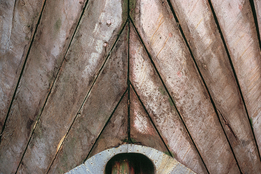 boat close-up | NIKON 50MM F/2.0 <br> Click image for more details, Click <b>X</b> on top right of image to close