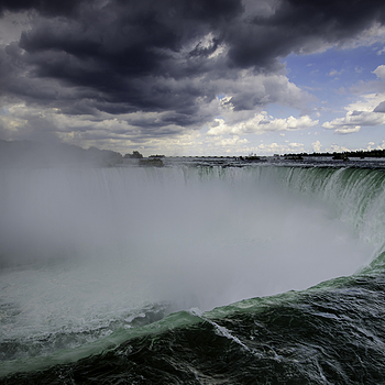 Niagara Falls | NIKON 16-35MM F/4G ED AF-S VR <br> Click image for more details, Click <b>X</b> on top right of image to close