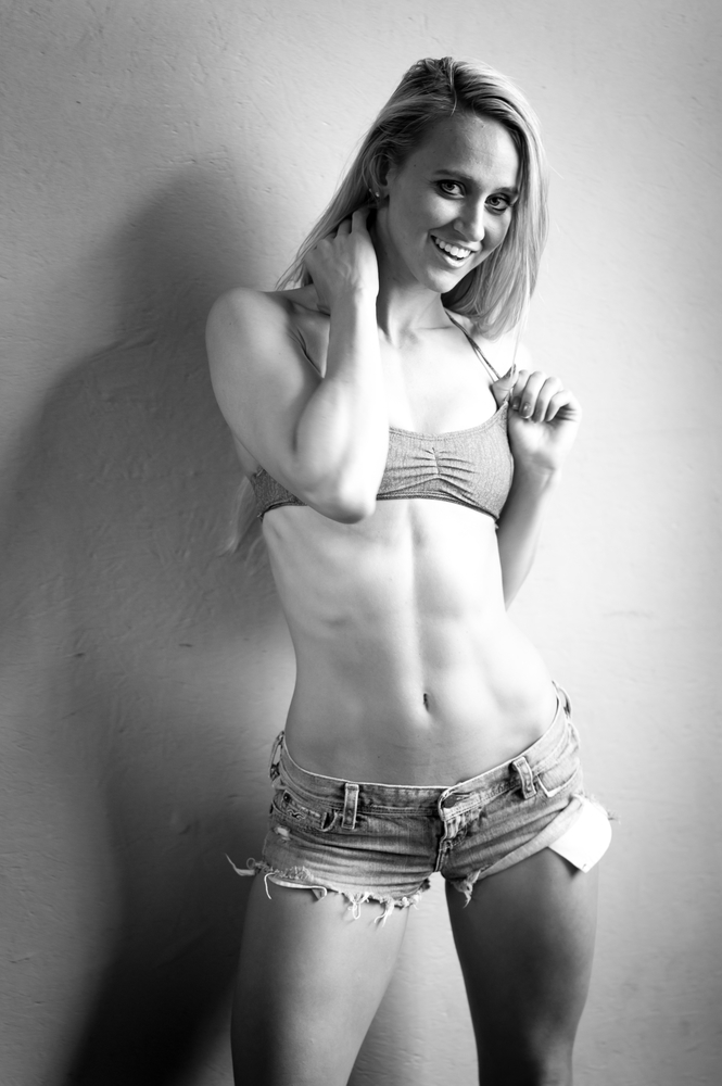 Chelsea Fitness Model | LENS MODEL NOT SET <br> Click image for more details, Click <b>X</b> on top right of image to close