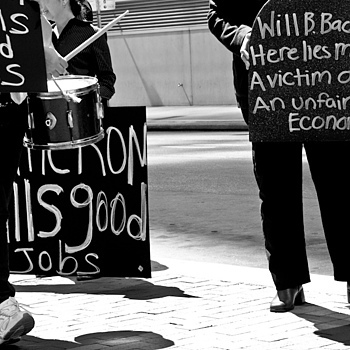 Street Hired Protestors | NIKON 18-105MM F/3.5-5.6G ED-IF AF-S VR DX <br> Click image for more details, Click <b>X</b> on top right of image to close