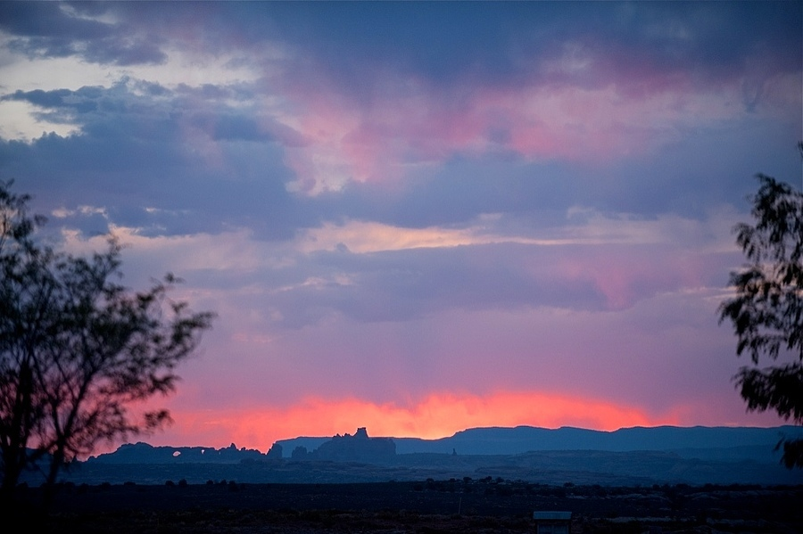 Sunrise in Moab | LENS MODEL NOT SET <br> Click image for more details, Click <b>X</b> on top right of image to close
