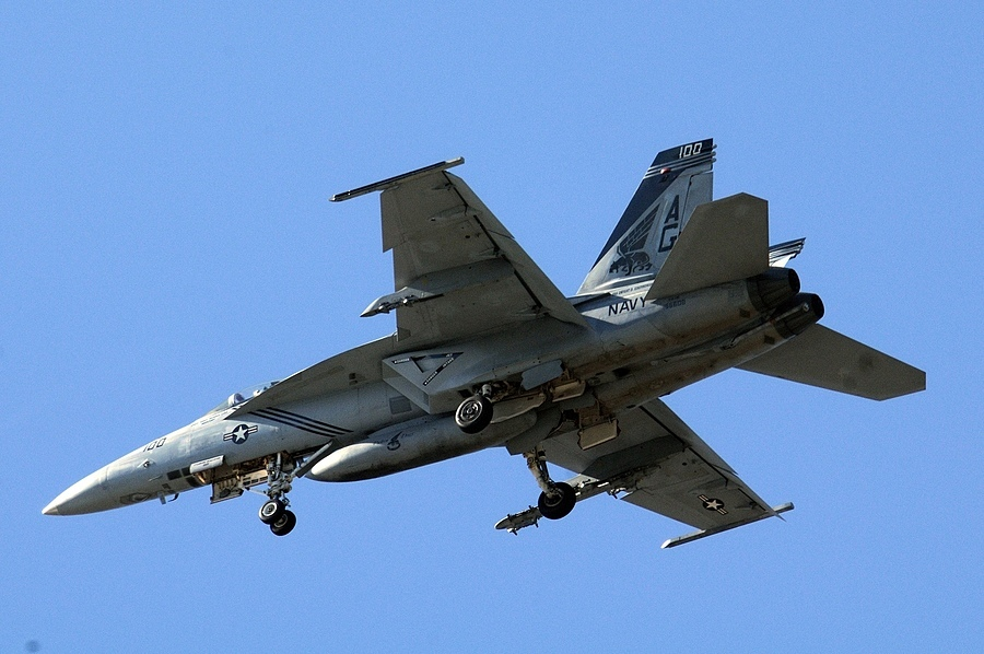 F-18 05 | NIKON 80-400MM F/4.5-5.6D ED AF VR <br> Click image for more details, Click <b>X</b> on top right of image to close