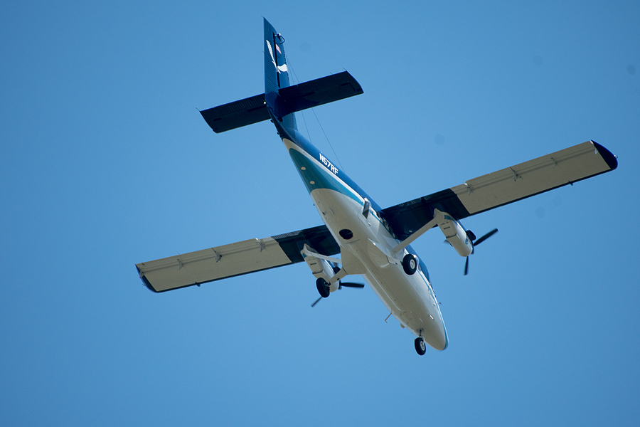 NOAA DeHavilland DHC-6-300 | SIGMA 50-500MM F4.5-6.3 DG OS HSM <br> Click image for more details, Click <b>X</b> on top right of image to close