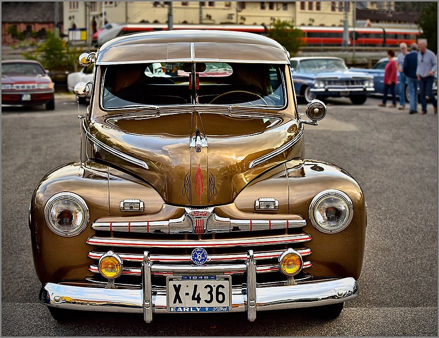 1946 Ford V8 | NIKKOR AF-S 70-200MM F/4G ED VR <br> Click image for more details, Click <b>X</b> on top right of image to close
