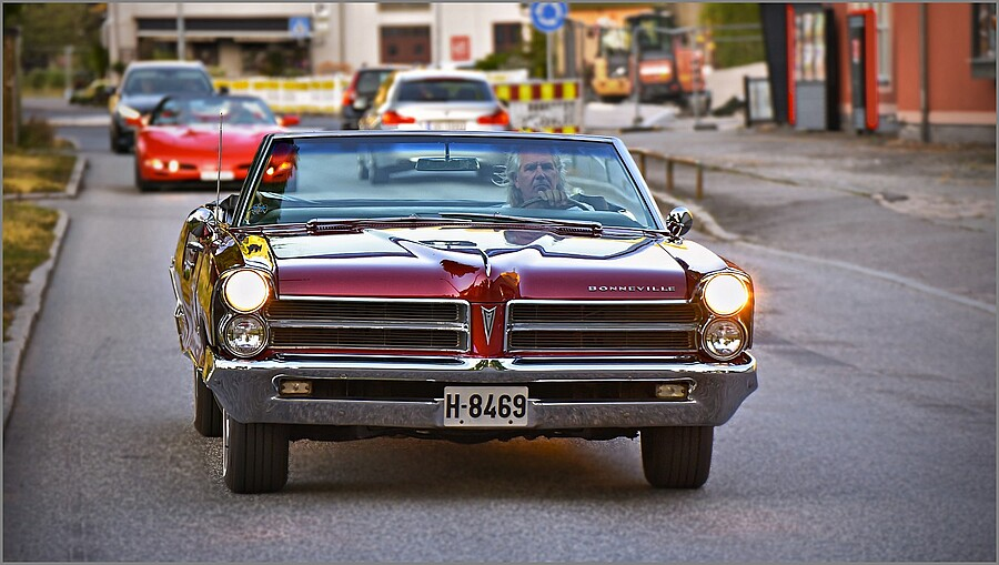 1965 PONTIAC Bonneville | TAMRON SP 70-300MM F4-5.6 DI VC USD SP <br> Click image for more details, Click <b>X</b> on top right of image to close
