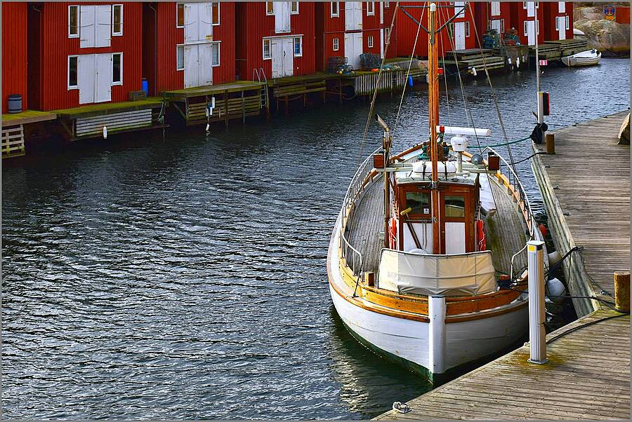 Scandinavian Double-ender Ex Fishing Boat | NIKON 18-140MM F/3.5-5.6G VR <br> Click image for more details, Click <b>X</b> on top right of image to close