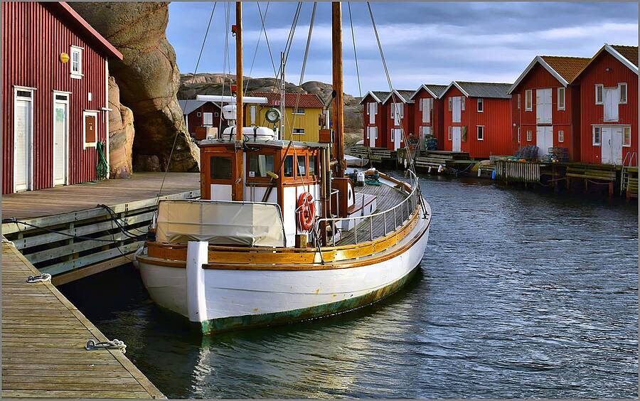 Old Wooden Fishingboat in traditional Surroundings | LENS MODEL NOT SET <br> Click image for more details, Click <b>X</b> on top right of image to close