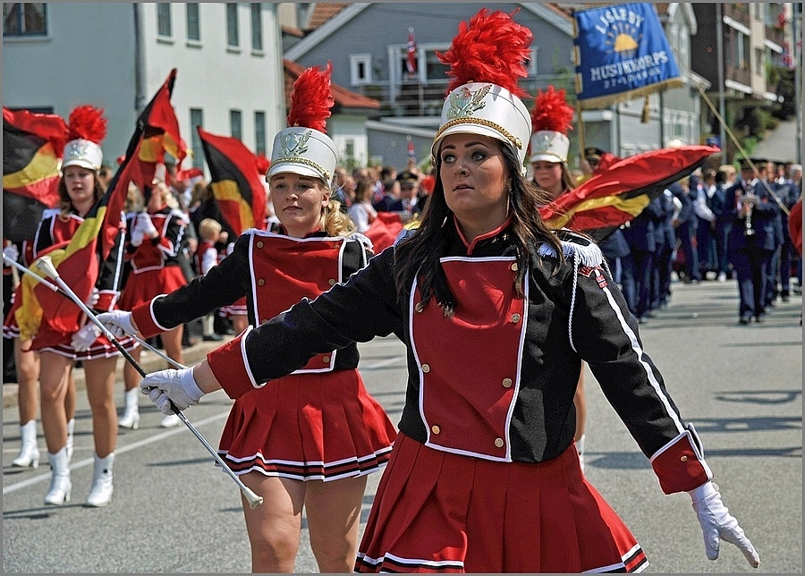 17th of May-Parade in Norway III | SIGMA 70-200 F2.8 HSM II <br> Click image for more details, Click <b>X</b> on top right of image to close