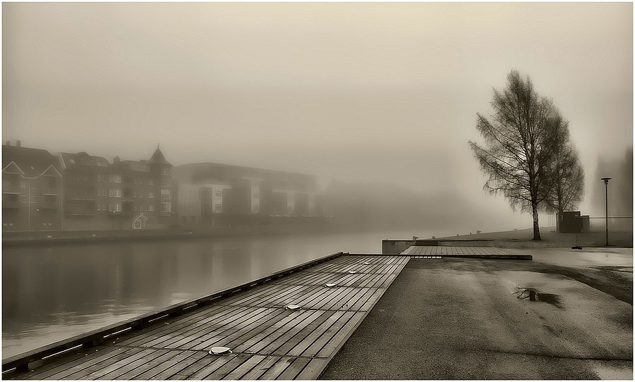 Fog On The River | NIKON 18-140MM F/3.5-5.6G VR <br> Click image for more details, Click <b>X</b> on top right of image to close