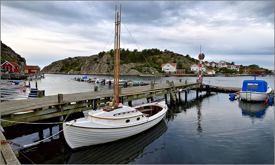 Havstensund in Sweden | NIKON 12-24MM F/4G ED-IF AF-S DX <br> Click image for more details, Click <b>X</b> on top right of image to close