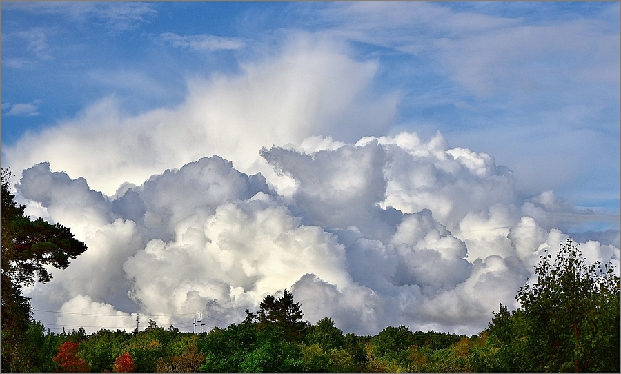 CumuloNimbus Clouds | NIKON 24-85MM F/3.5-4.5G ED-IF AF-S <br> Click image for more details, Click <b>X</b> on top right of image to close