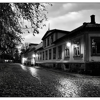 B&W Night Shot | NIKON 14-24MM F/2.8G ED AF-S N <br> Click image for more details, Click <b>X</b> on top right of image to close