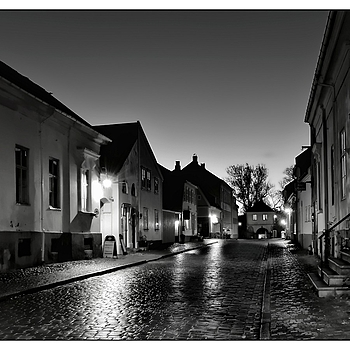 Wet Cobble Stone Street | NIKON 14-24MM F/2.8G ED AF-S N <br> Click image for more details, Click <b>X</b> on top right of image to close