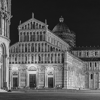 Leaning Tower in Pisa | NIKON 24-70MM F/2.8G ED AF-S N <br> Click image for more details, Click <b>X</b> on top right of image to close