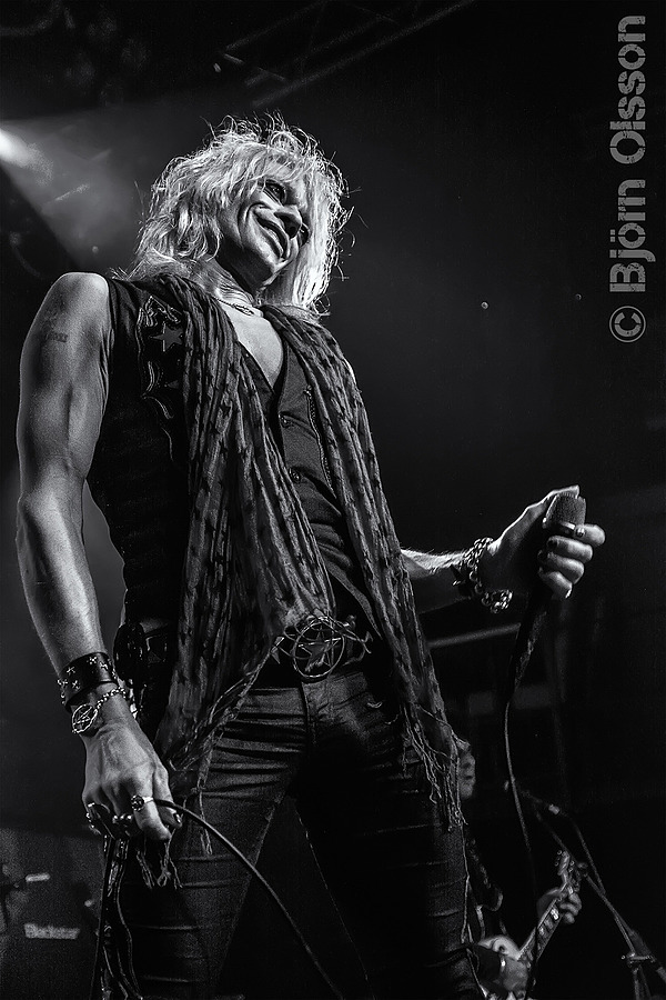 Michael Monroe | TAMROM SP 17-50MM F/2.8 DI II <br> Click image for more details, Click <b>X</b> on top right of image to close