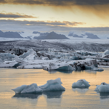 Jökulsárlón, Island! | NIKON 14-24MM F/2.8G ED AF-S N <br> Click image for more details, Click <b>X</b> on top right of image to close