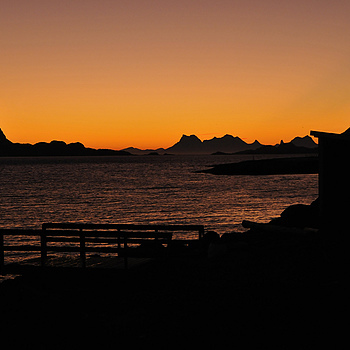 Sunrise in Lofoten | LENS MODEL NOT SET <br> Click image for more details, Click <b>X</b> on top right of image to close