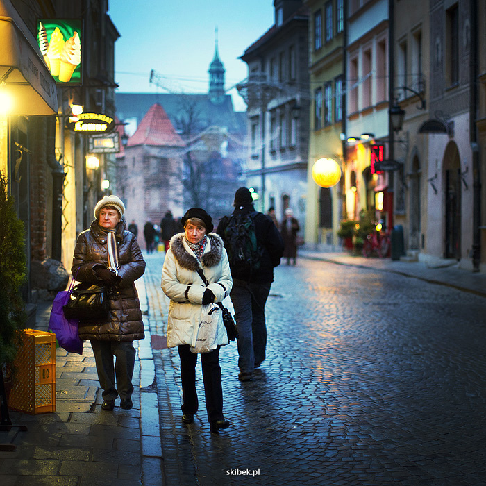 Warsaw oldtown 01 | NIKON 50MM F/1.2 <br> Click image for more details, Click <b>X</b> on top right of image to close