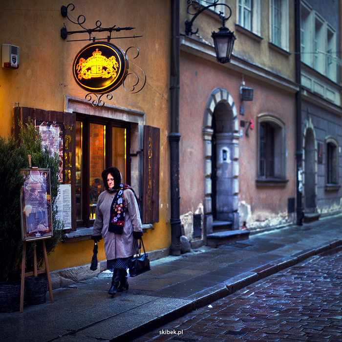 Warsaw oldtown 02 | NIKON 50MM F/1.2 <br> Click image for more details, Click <b>X</b> on top right of image to close