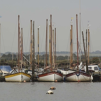 Norfolk Boats | NIKON 80-200MM F/2.8D ED AF <br> Click image for more details, Click <b>X</b> on top right of image to close