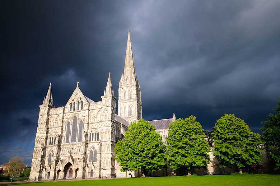 Salisbury Cathedral | SIGMA 10-20MM F4-5.6 <br> Click image for more details, Click <b>X</b> on top right of image to close