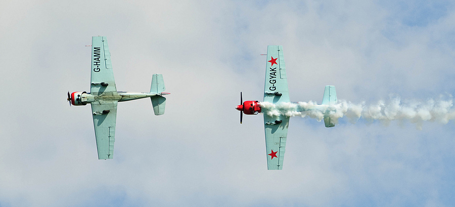 Yak 52 | NIKON 70-200MM F/2.8G ED-IF AF-S VR <br> Click image for more details, Click <b>X</b> on top right of image to close