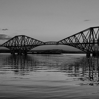 Forth Road Bridge | NIKON 18-200MM F/3.5-5.6G ED-IF AF-S VR DX