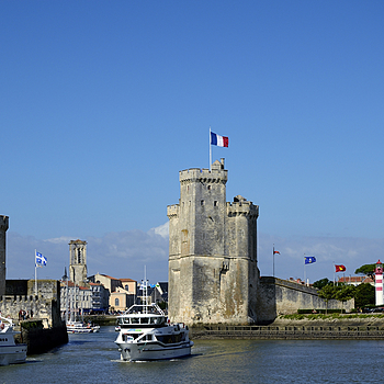 La Rochelle | NIKON 18-70MM F/3.5-4.5G ED-IF AF-S DX <br> Click image for more details, Click <b>X</b> on top right of image to close