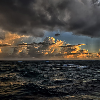 Stormy sunrise | SIGMA 10-20MM F4-5.6 <br> Click image for more details, Click <b>X</b> on top right of image to close