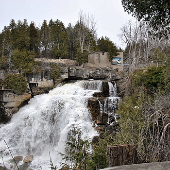 Inglis Falls | NIKON 18-105MM F/3.5-5.6G ED-IF AF-S VR DX <br> Click image for more details, Click <b>X</b> on top right of image to close