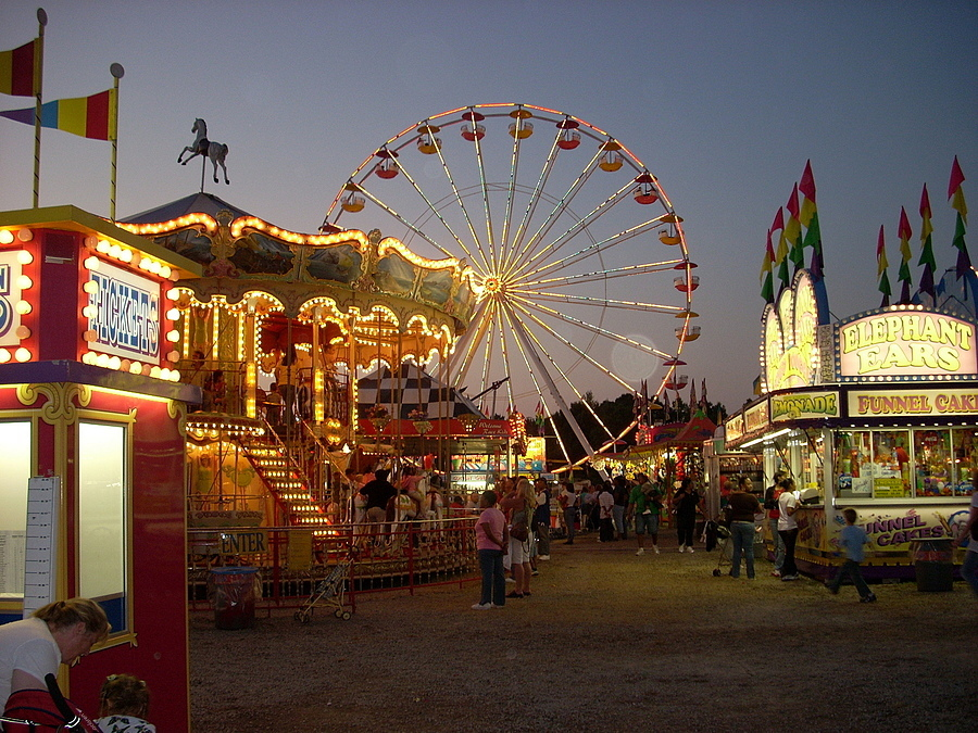 A night at the fair | LENS MODEL NOT SET <br> Click image for more details, Click <b>X</b> on top right of image to close