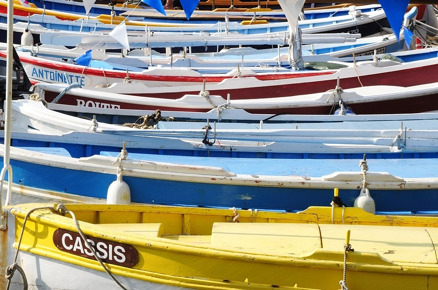 Barques dans le port de Cassis  (BdR) France | TAMRON 18-270MM F/3.5-6.3 <br> Click image for more details, Click <b>X</b> on top right of image to close