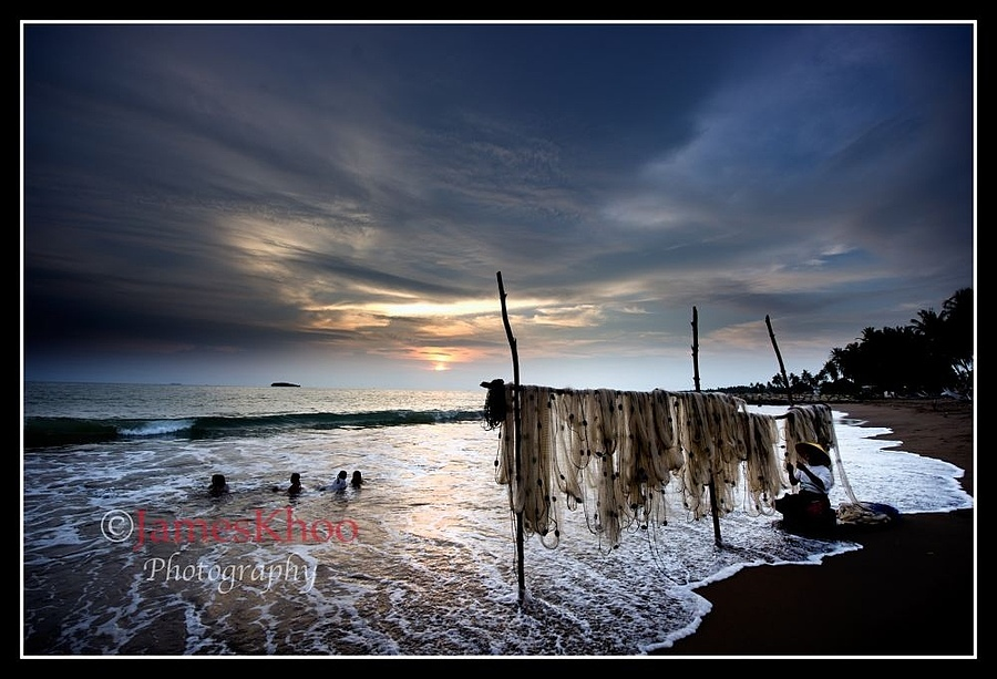 Fishing Village, Padang | NIKON 14-24MM F/2.8G ED AF-S N <br> Click image for more details, Click <b>X</b> on top right of image to close