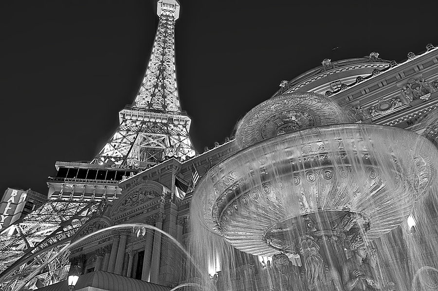 Paris Vegas | NIKON 12-24MM F/4G ED-IF AF-S DX <br> Click image for more details, Click <b>X</b> on top right of image to close
