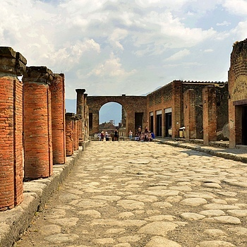 Pompeii. Italy June 2015(3) | LENS MODEL NOT SET