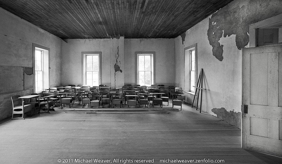 Historic Hamilton Primary School | NIKON 14MM F/2.8D ED AF <br> Click image for more details, Click <b>X</b> on top right of image to close