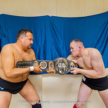 Wrestlers | NIKON 17-35MM F/2.8 ED-IF AF-S <br> Click image for more details, Click <b>X</b> on top right of image to close