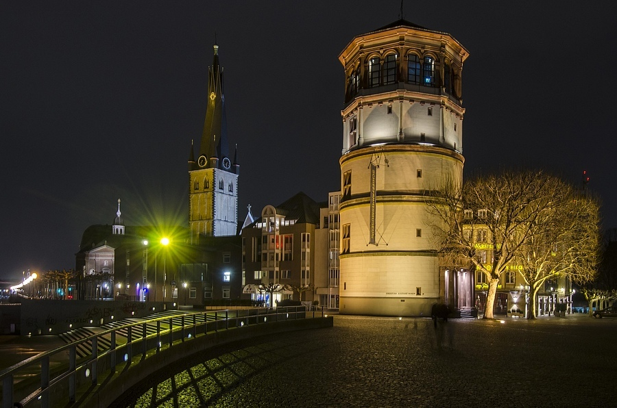 Dusseldorf | NIKON 12-24MM F/4G ED-IF AF-S DX <br> Click image for more details, Click <b>X</b> on top right of image to close