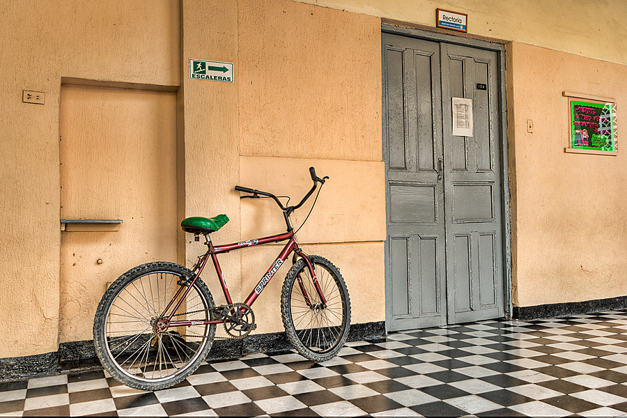 Bicycle in the college | LENS MODEL NOT SET <br> Click image for more details, Click <b>X</b> on top right of image to close