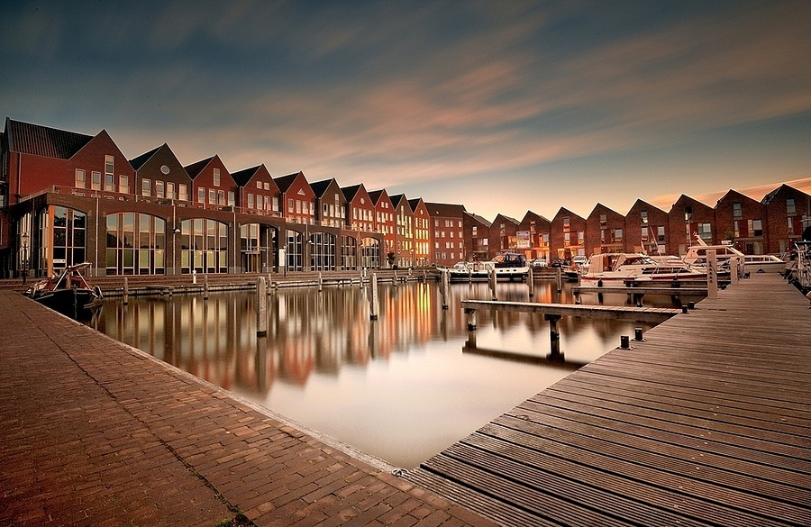 overdiep/appingedam | NIKON 16-35MM F/4G ED AF-S VR <br> Click image for more details, Click <b>X</b> on top right of image to close