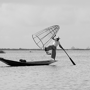 Inle Lake Fisherman 2 | NIKON AF-S 80-400MM VRII