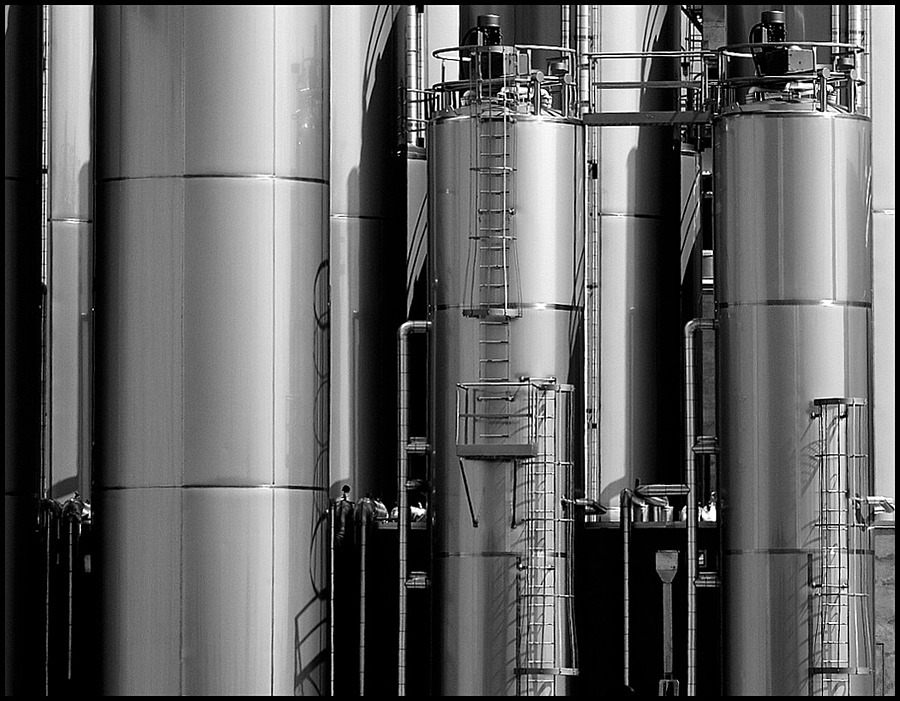 Stainless Steel | VIVITAR SERIES 1 70-210MM 1:2.8-4.0 MACRO <br> Click image for more details, Click <b>X</b> on top right of image to close