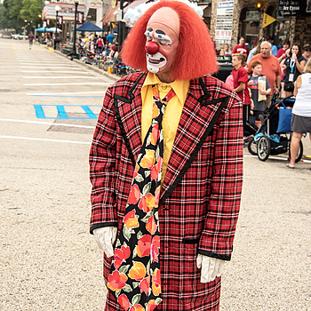 Clown with Long Tie | TAMRON AF 28-300MM F3.5-6.3 XR <br> Click image for more details, Click <b>X</b> on top right of image to close