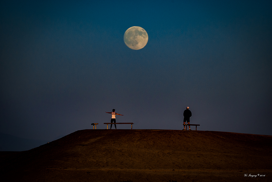 Bolsa Chica Moonrise | LENS MODEL NOT SET <br> Click image for more details, Click <b>X</b> on top right of image to close