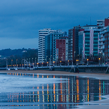 Gijón 9 | NIKON 18-105MM F/3.5-5.6G ED-IF AF-S VR DX <br> Click image for more details, Click <b>X</b> on top right of image to close