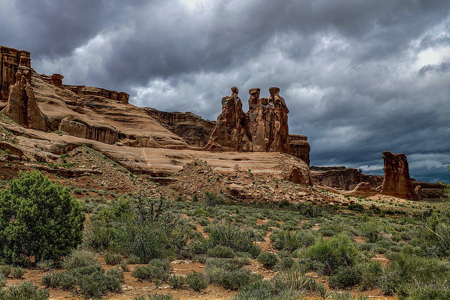 Arches National Park | AF-S NIKKOR 35MM F/1.4G <br> Click image for more details, Click <b>X</b> on top right of image to close