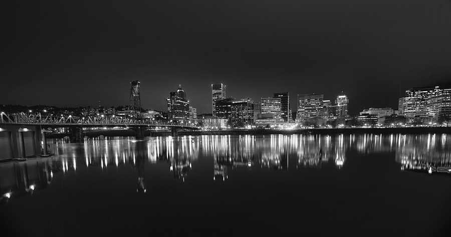Portland nocturne | NIKON 16-35MM F/4G ED AF-S VR <br> Click image for more details, Click <b>X</b> on top right of image to close