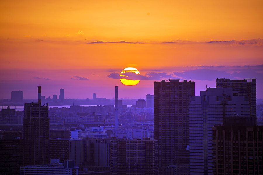 Tokyo sunrise | NIKON 70-300MM F/4.5-5.6G IF-ED AF-S VR <br> Click image for more details, Click <b>X</b> on top right of image to close