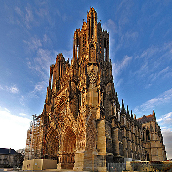 Reims Cathedral | SIGMA 10-20MM F4-5.6 <br> Click image for more details, Click <b>X</b> on top right of image to close